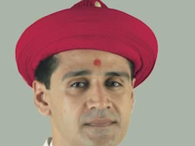 Acharya Shree Koshalendraprasadji Maharaj (Current Acharya)
